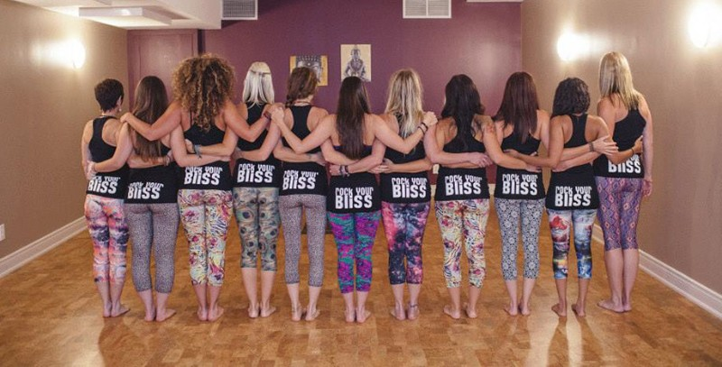 yoga-bums-crop-u4637